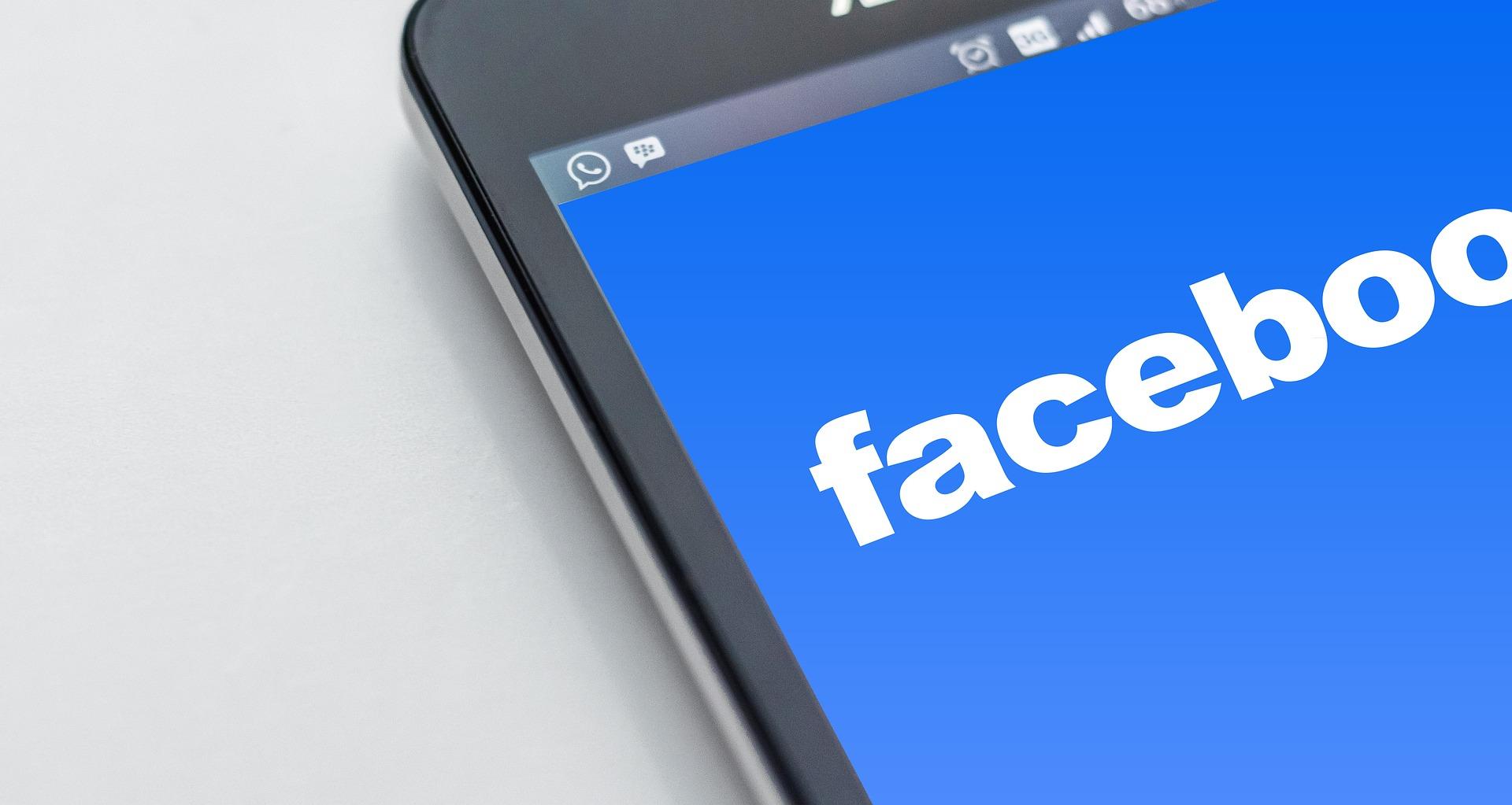 7 Esempi di Facebook Ads che funzionano davvero (e perchè)